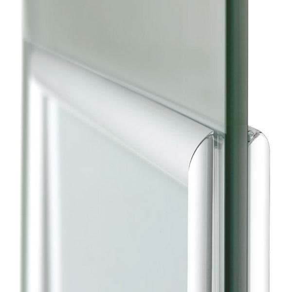 Plakatrahmen-Fenster-Klapprahmen-Detail-an-Glasscheibe doppelt
