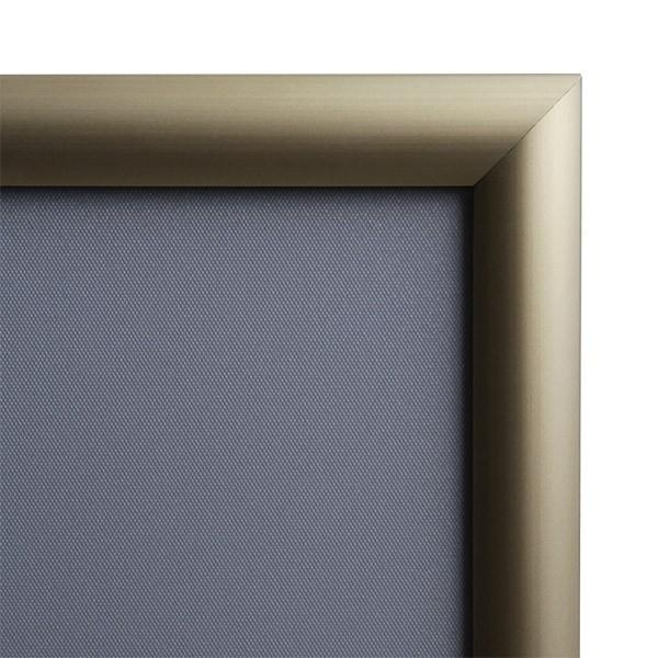 klapprahmen-25er-detail-eckverbindung-gold 6