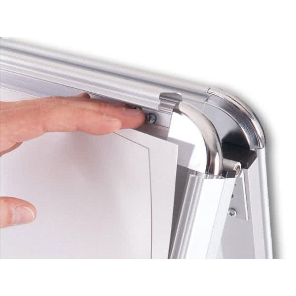 Kundenstopper-Allgemein-Detail-Klappmechanismus 1