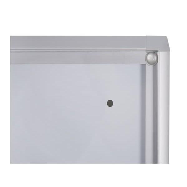 Schaukasten ECO BT26 Indoor Detail Eckverbindung 4