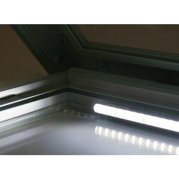 schaukasten premium led bt46 outdoor detail beleuchtung 1